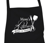 "Prijuostė ""Mom's kitchen open 24 hours"""